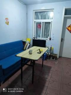 (任城区)厅西小区1室1厅1卫1000元/月55m²出租